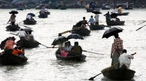 Buriganga River Ferrymen Image